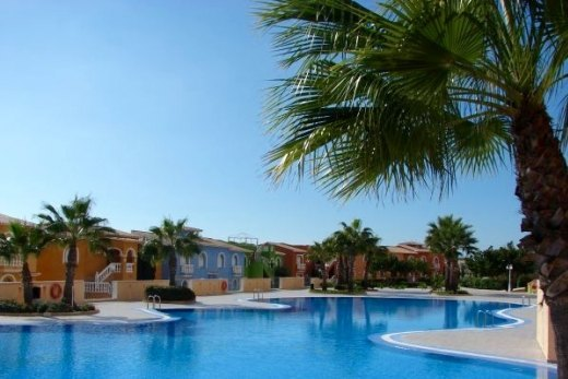 Bungalow for sale in Cumbre del sol, Benitach...