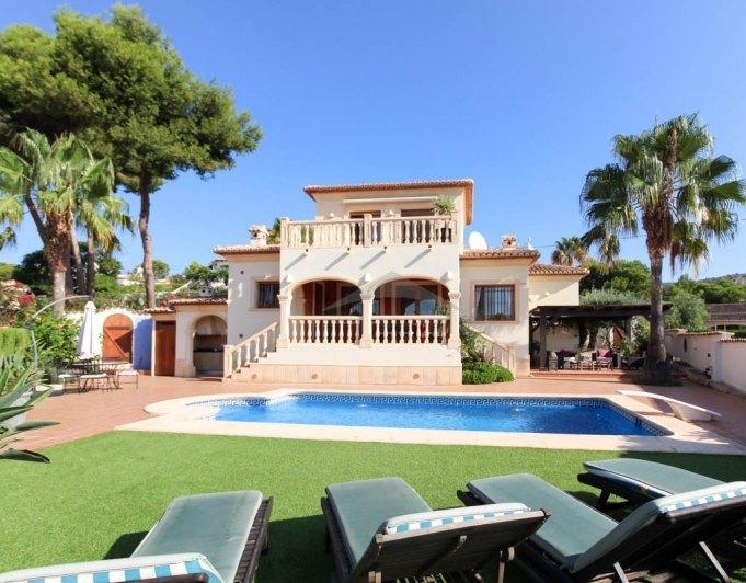 villa en moraira · el-portet-moraira 685000€